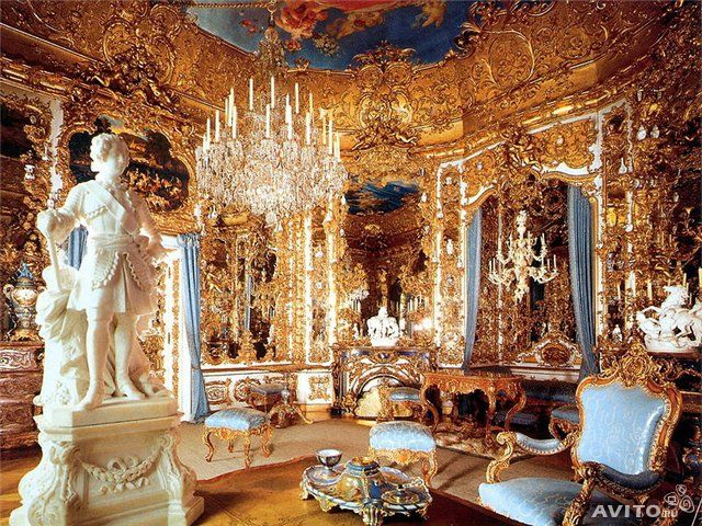 Замок Нойшвайнштайн - внутри