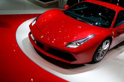 Ferrari 488 GTB. Совершенно новая концепция с новым двигателем от F1 Racing Technology.