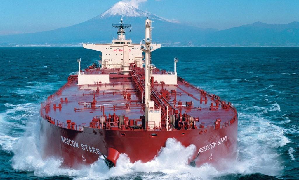 Опасно ли переправлять нефть по морю танкерами?