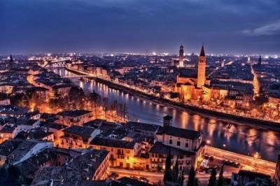 Чем известна Верона (Италия)?