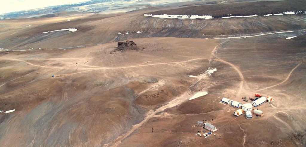 Марсианская База на острове Девон