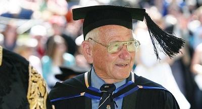 Зачем получать диплом в 87 лет?