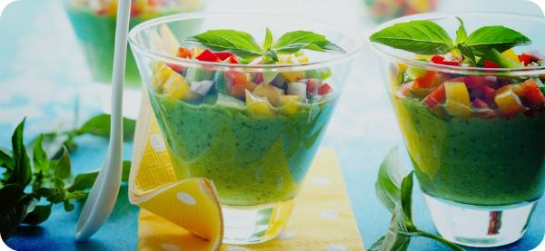 Зеленый суп гаспачо.