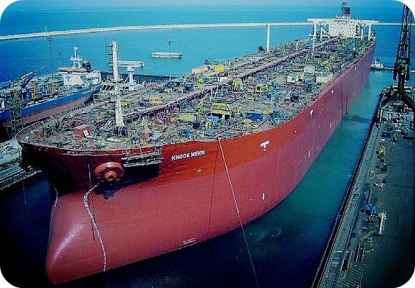 Чьи танкеры были первыми?